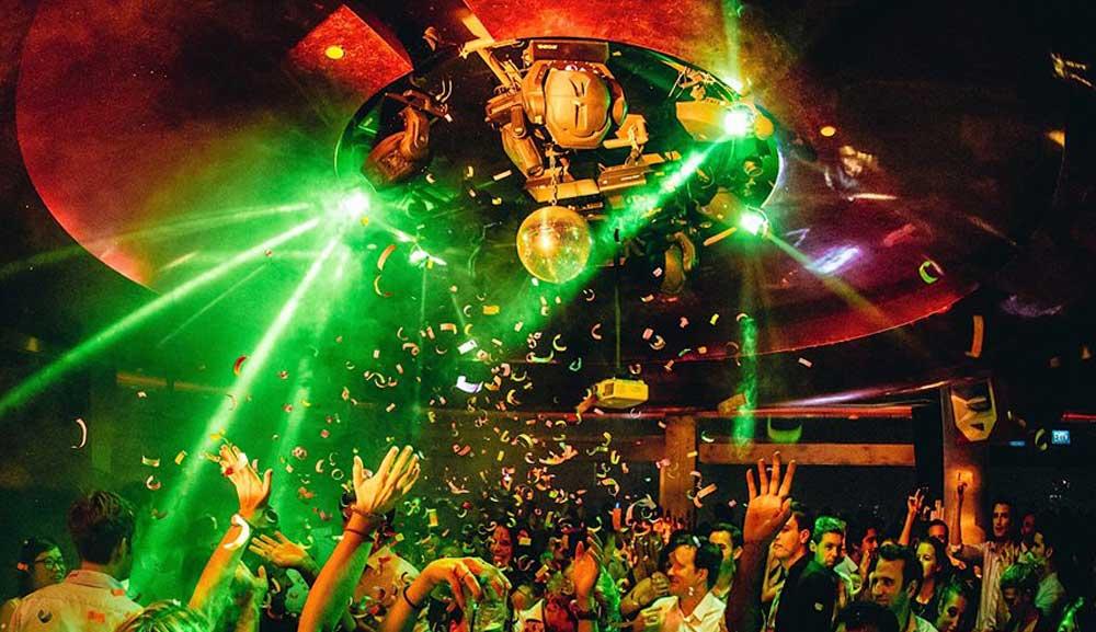 CÉ LA VI Club Lounge - 마리나 베이 샌즈 옥상 라운지
