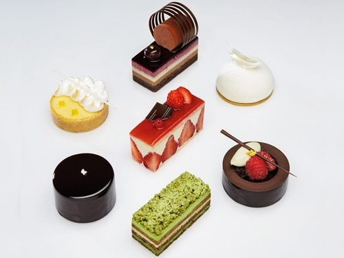 마리나 베이 샌즈 쇼핑몰 Rise Lounge의 Patisserie Platine, Black Forest