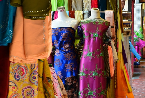 Ethnic dresses for women in Singapore
